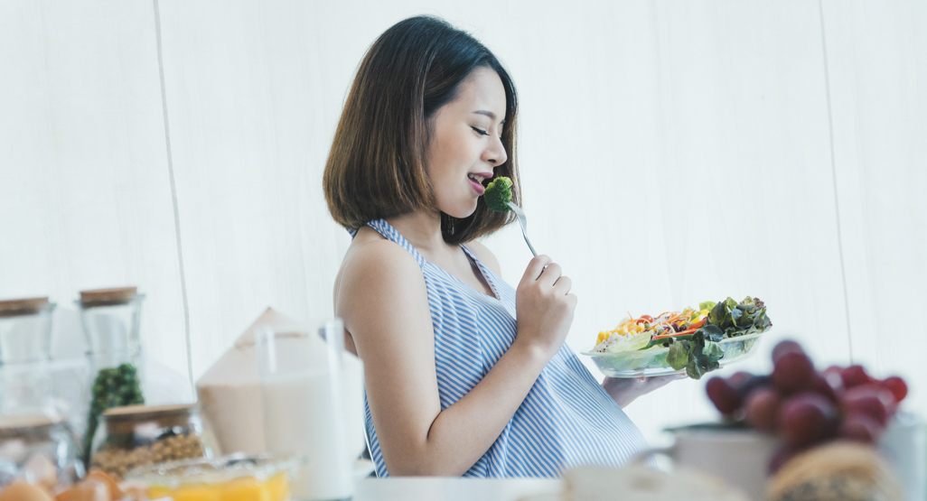 The Different Food You Need to Avoid Eating While Pregnant